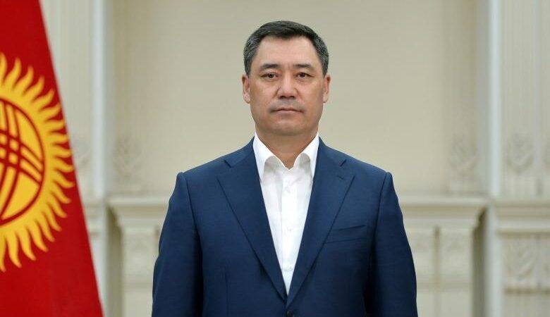ПрезидентСадыр Жапаров кыргыз элин Мамлекеттик туу күнү менен куттуктады