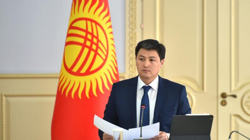 Марипов: Чек ара аймагында жашаган ар бир жаран мамлекеттин колдоосун сезиши керек