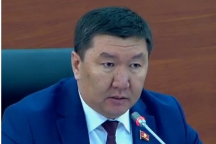 Бактыбек Райымкулов:  8-марттагы  жөө жүрүштөр кыргыздын баалууктарын жок кылат
