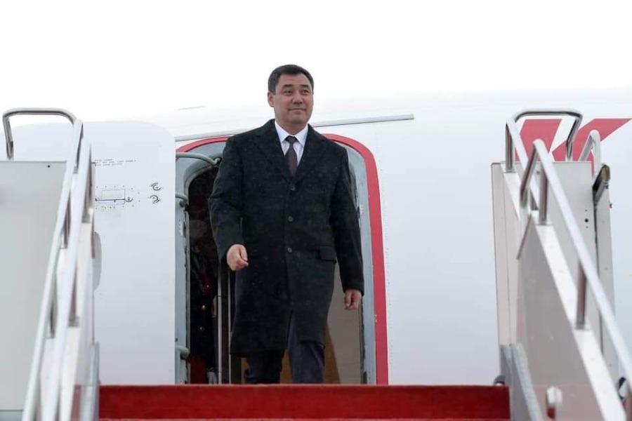 Садыр Жапаровду Өзбекстандын премьер-министри тосуп алды