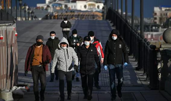Россия КМШ өлкөлөрүн, мыйзамсыз мигранттарын чыгарып кетүүгө чакырды