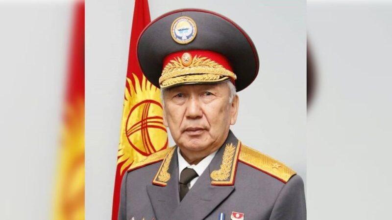 Садырбек Дубанаев: Милициянын бутун тушаган мыйзам кайрадан оӊдолушу керек