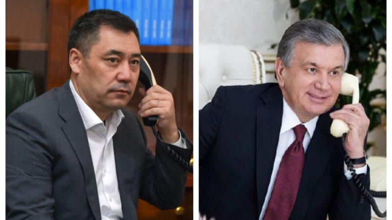 Президент Садыр Жапаров Шавкат Мирзиёев менен Баткен облусундагы кырдаалды талкуулады