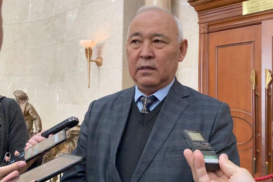 Депутат Кубанычбек Жумалиев бюжетке 1 млрд. сом төлөдү