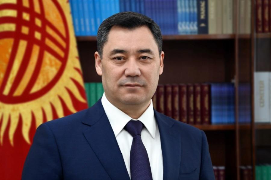 Садыр Жапаров Бишкек баатырдын эстелигинин ачылышына катышты