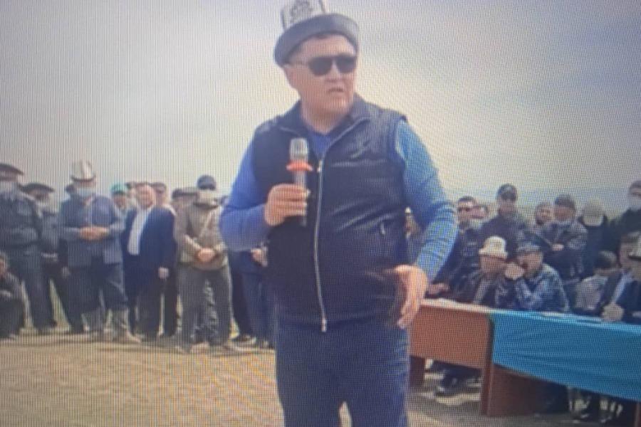 Ташиев: «Биз суунун алдындагы 5700 гектар жерибиздин 1300 гектарын бошотуп алдык»