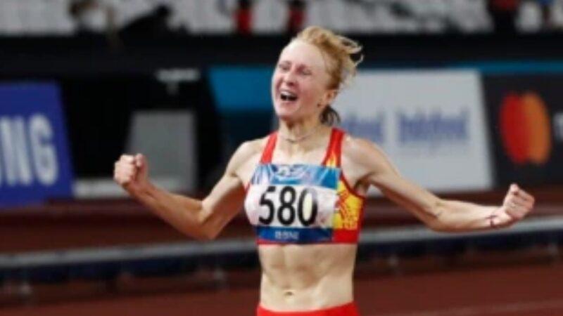 Дарья Маслова даагы бир жолу алтын медаль утуп алды