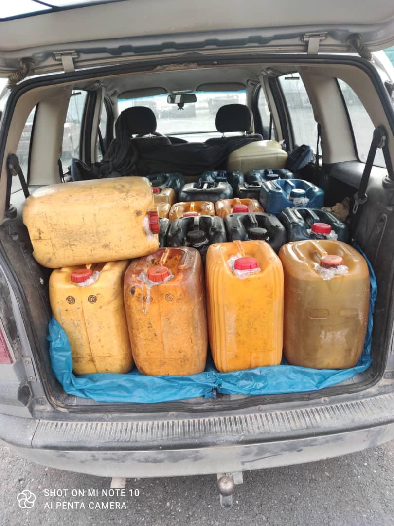 Чек арадан 650 литр солярка алып өткөн эки жаран кармалды