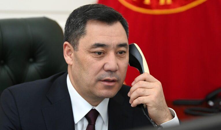 Садыр Жапаров Афганистандын президенти менен телефон аркылуу сүйлөштү