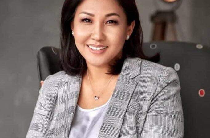 «Сөгүнгөн жетекчи менен иштеше албайм!», Бишкектин вице-мэри иштен кеткенин кабарлады