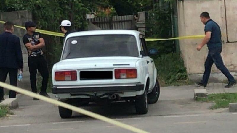 Бишкекте 21 жаштагы кызды зордуктап, энеси экөөнү өлтүрүп кетишти