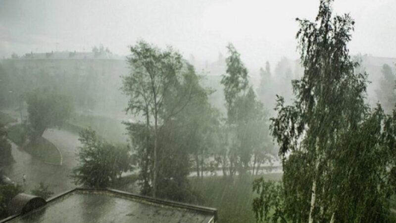 ӨКМ: Бишкекте катуу шамал болуп, аймактарда сел жүрүшү күтүлүүдө