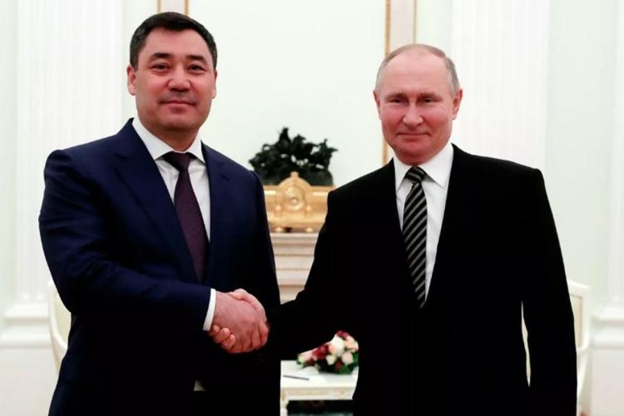 Путин кыргыз-тажик чек ара маселелерин чечүүгө көмөктөшөрүн билдирди