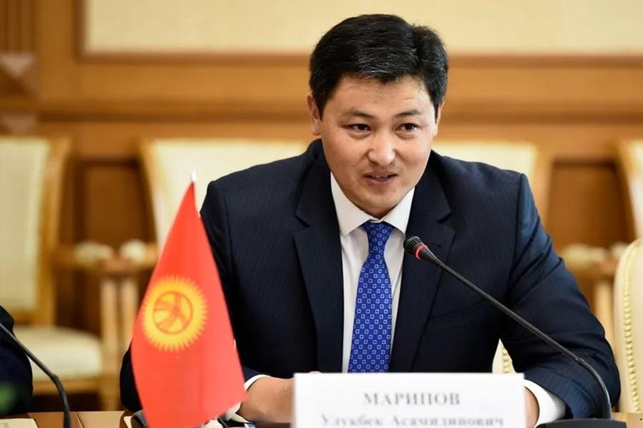 Марипов Минскидеги өкмөт башчыларынын кеңешине катышып, Лукашенкого жолугат