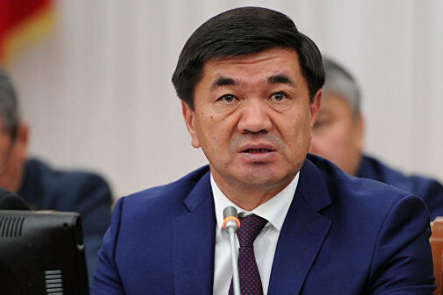 Экс-премьер Мухаммедкалый Абылгазиевдин абакта калуу мөөнөтү узартылды