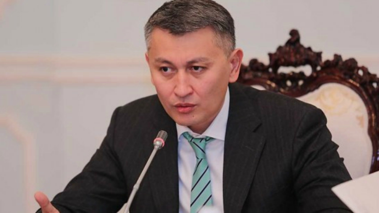 Коррупцияга шектелген мурдагы депутат Пирматов 2 ай абакта калмак болду