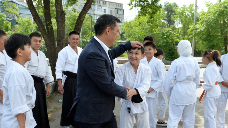 Президент Садыр Жапаровдун Балдарды коргоонун эл аралык күнү менен куттуктоосу
