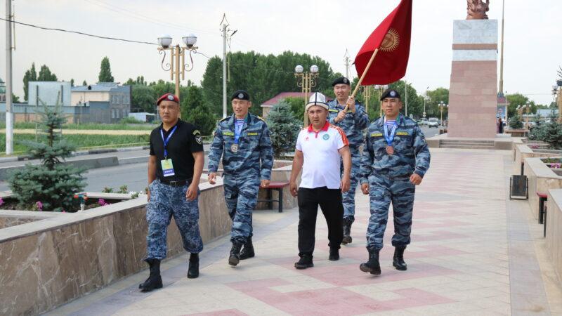 ИИМдин кызматкерлери Ташкенттеги мелдештен байгелүү кайтты