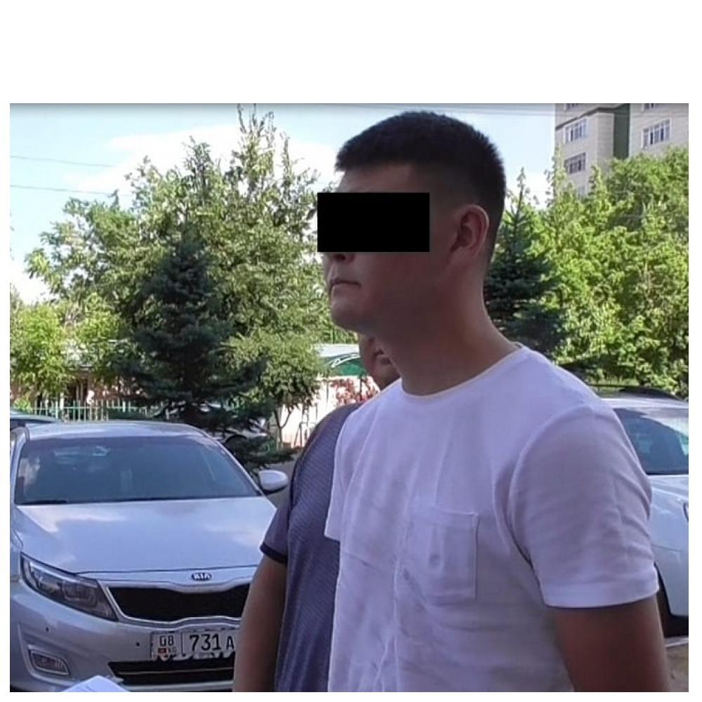 Бишкекте пара алып жатып кармалган милициянын банги зат пайдаланаары аныкталган