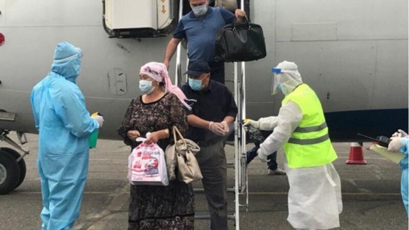 Кыргызстандын аэропортторунда чектөөлөр күчөтүлүп, учпагандар кирбейт