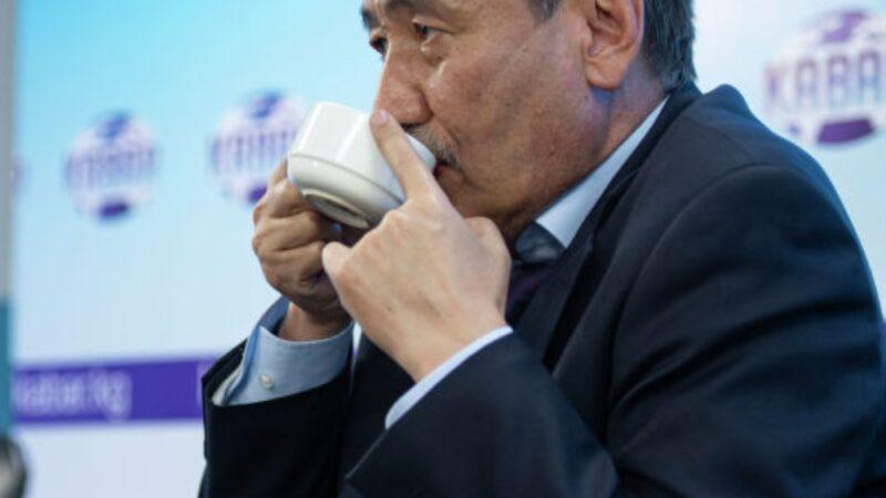Саламаттыкты сактоо министри Бейшеналиевге коронавирус жугуп, үйдөн иштөөгө өттү