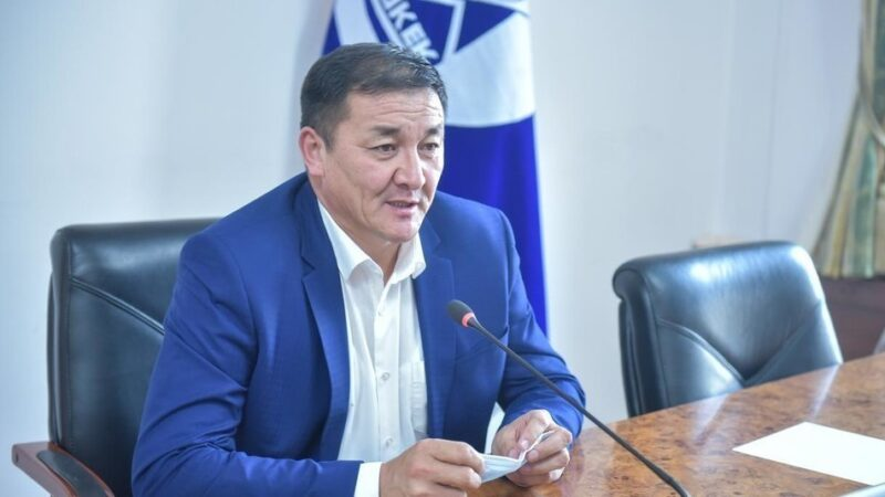 Бишкектин вице-мэри Жамалбек Ырсалиев жол кырсыгына кабылып, ооруканага түштү