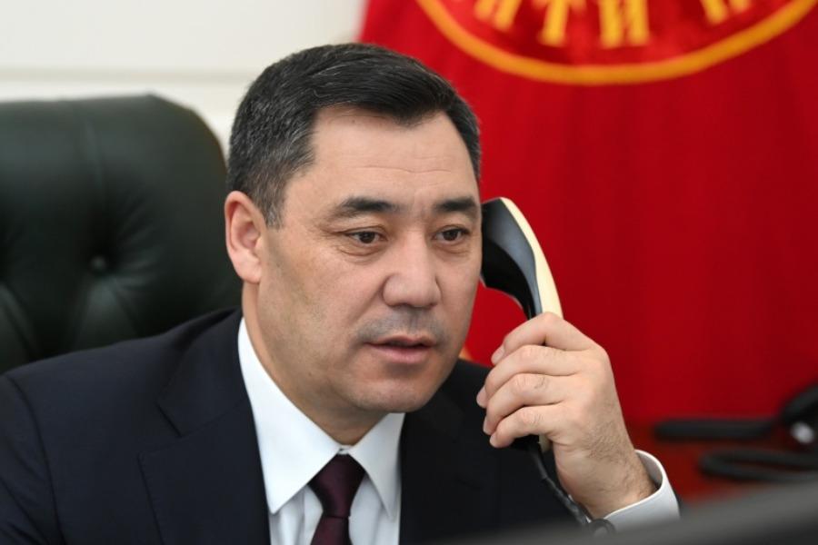 Садыр Жапаров Өзбекстандын президентин туулган күнү менен куттуктады