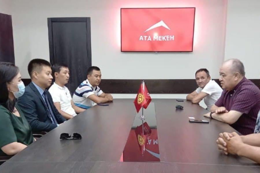 Экс-министр Тилек Токтогазиев «Ата-Мекен» партиясына расмий мүчө болуп кирди