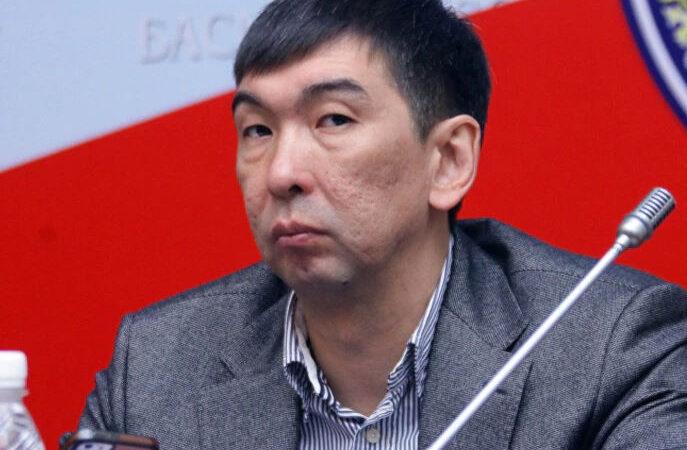 Суракматов тергөө менен келишим түзүп, 150 млн сом төлөп, үй камагына чыкты