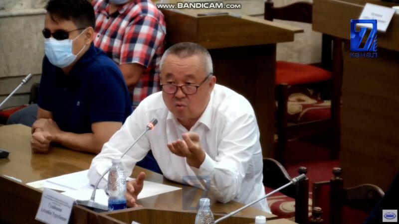 Нышанов: Партия лидерлери ишенчээк адамдарды эрмектеп, өздөрү байып жатат. Шайлоо бизнесин токтотолу