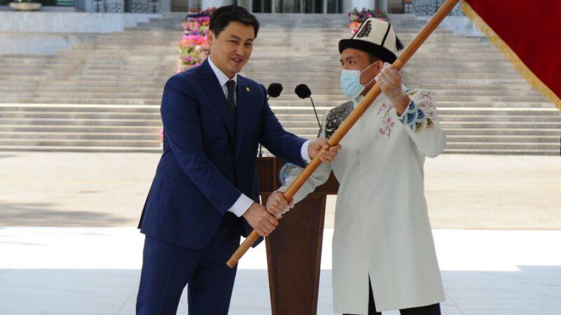 Марипов Олимпиадага катышып жаткан кыргыз спортчуларына кайрылуу жасады