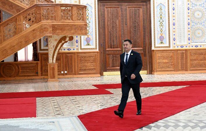 Садыр Жапаров ШКУ саммитине катышуу үчүн «Коха Навруз» комплексине барды