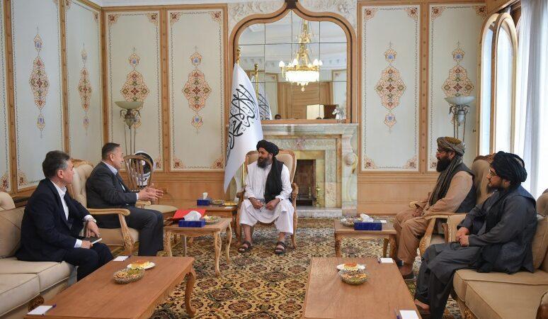 Кыргыз Республикасынын делегациясы Афганстанга гуманитардык жардам жеткирди