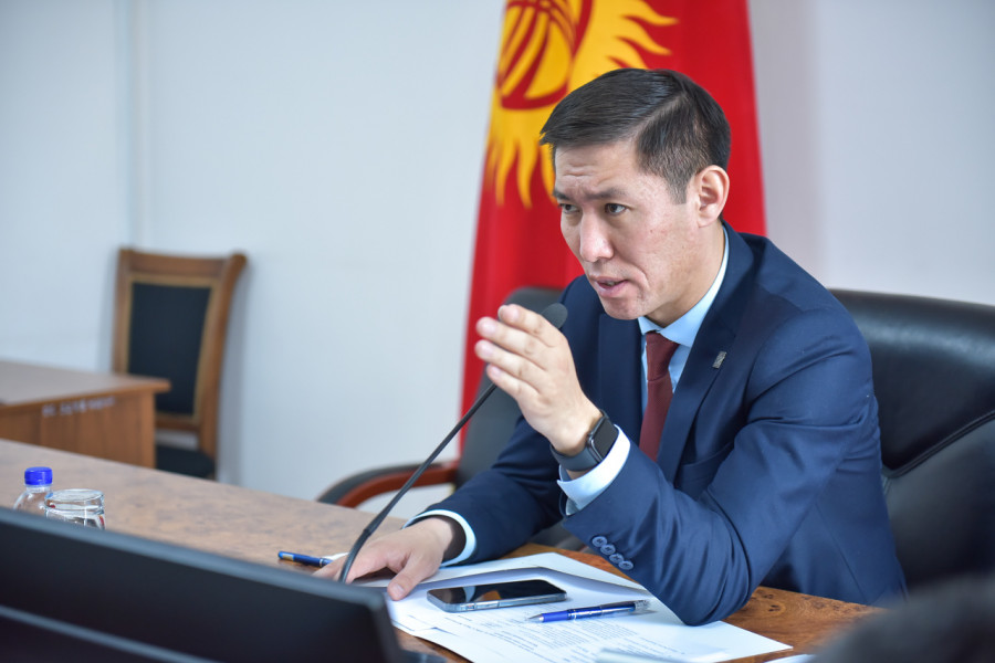 Бишкекте коррупцияга шектелген вице-мэр Азамат Сагындык уулу иштен алынды