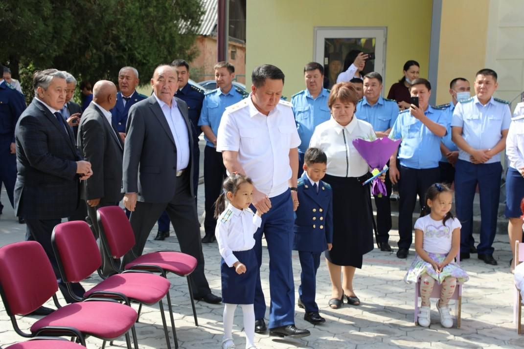 Прокурорлордун балдары барган «Наристе» бакчасы кыргыз тилине өттү
