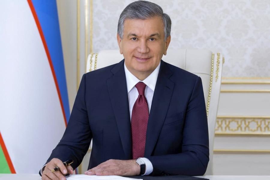 Шавкат Мирзиёев президенттикке талапкерлигин койду. Күтүүсүз убадаларды берди