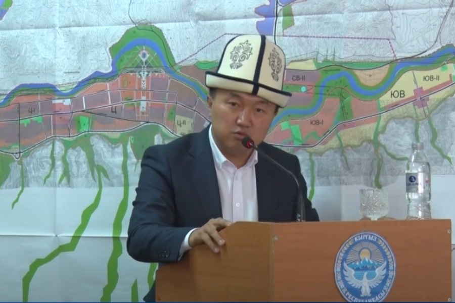 УКМК: Нарын шаарынын мэри парламенттик шайлоодо 300 миң доллар акча алган…