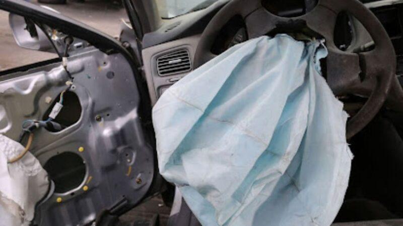 Базар-Коргондо жүк ташуучу унаа менен «Жигули» сүзүшүп, 2 адам каза болду