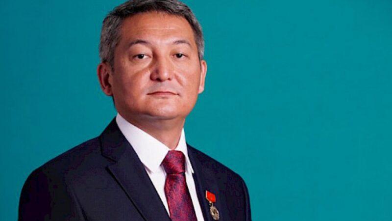 Алмаз Сарыбаев бийликти күч менен басып алууга шектелип кармалды