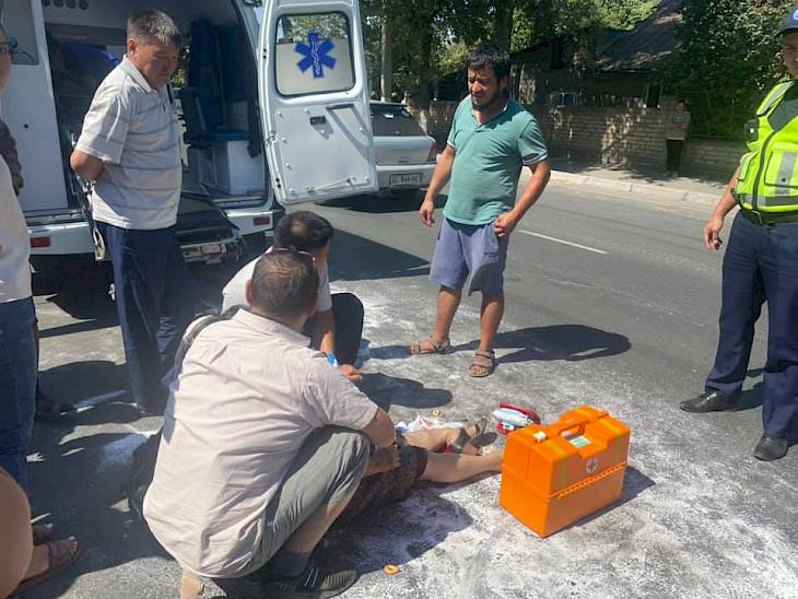 «Айдоочу жөө жүргүнчүнү сүзүп кетти» Бишкекте дагы бир жол кырсык катталды