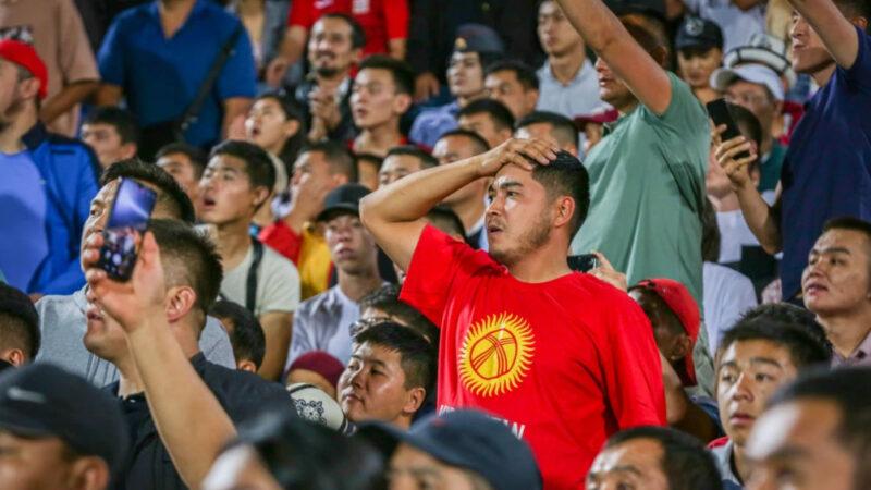 Бүгүн стадиондо Кыргызстан менен Бангладештин футбол курама командалары беттешет