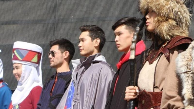 Бишкекте дизайнерлердин «Саркеч көчмөн» сынагы өтүп жатат