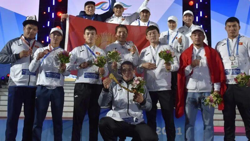 Казань шаарында кыргыз спортчуларды медальдарды «кырып» жатат