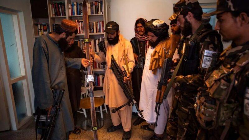 Талибдер кыймылы Норвегиянын Кабулдагы элчилигин басып алышты