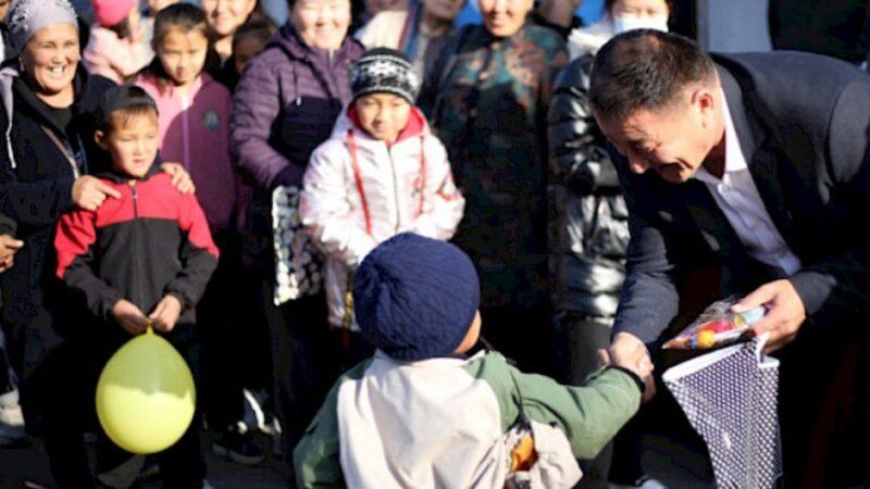 400 үй-бүлөгө жана 250 балага Түркия гумантирдык жардам көрсөттү