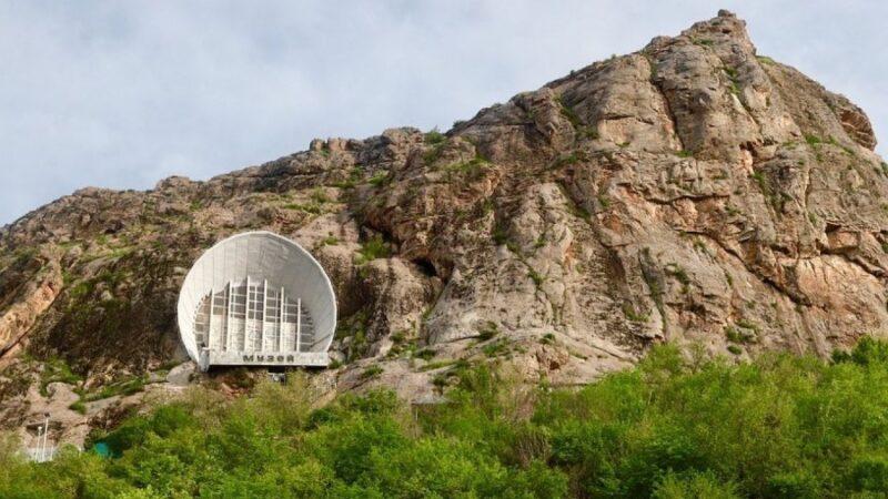 «Сулайман-Тоо» жана «Өзгөн» музей комплекстерине 6 млн. доллар бөлүндү