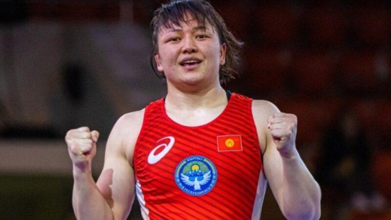 Дүйнө чемпионаты: Мээрим Жуманазарова атаандашын жеңип чейрек финалга чыкты