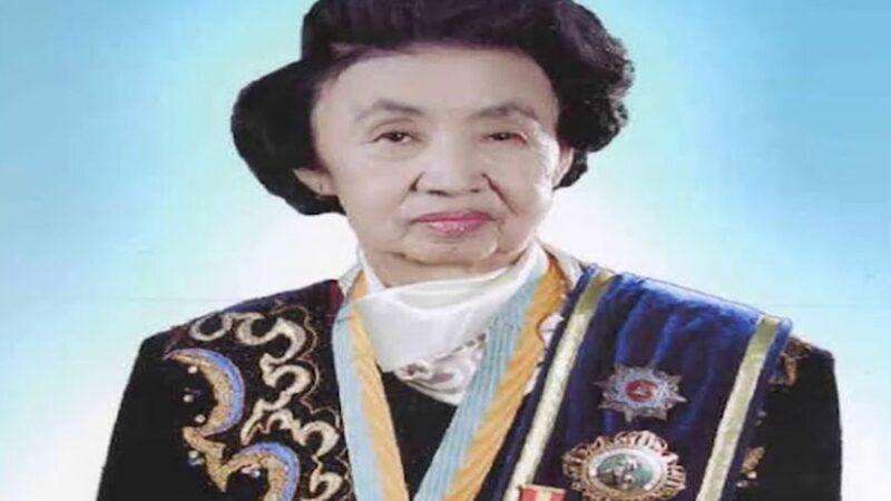 Кыргыз эл акыны Майрамкан Абылкасымова 84 жаш курагында көз жумду