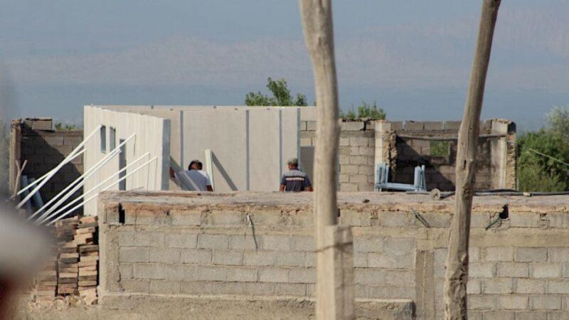 Баткен районундагы 40 үйдүн курулушу аяктоо алдында турат